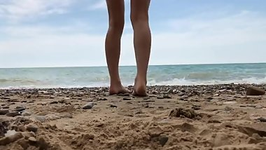 Feel the sand from my soles