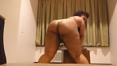 WATCH ME TWERK THIS ASS FOR YOU BABY
