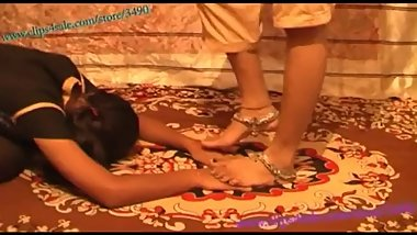 Arabic/Indian Girls Feet  Lesbian Feet Trampling  Foot Stomp & Crush Hand