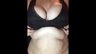 Lovely TEEN BBW Shows SOFT BELLY