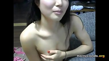 Cute Asian expert sucking cock