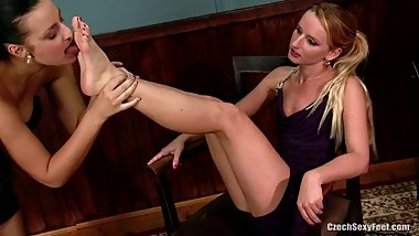 Czech domina foot-worships her slave