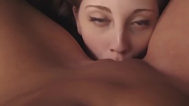 Cumming on her girlfriend's mouth