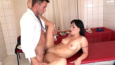 Clinic.Capers.XXX.720p.WEBRip.MP4-VSEX