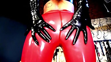 Latex Dreams with Calea Toxic