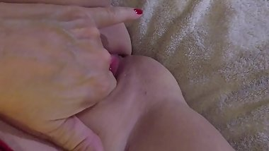 First video close-up solo very wet 2,3,4 fingers. Watch in full screen.